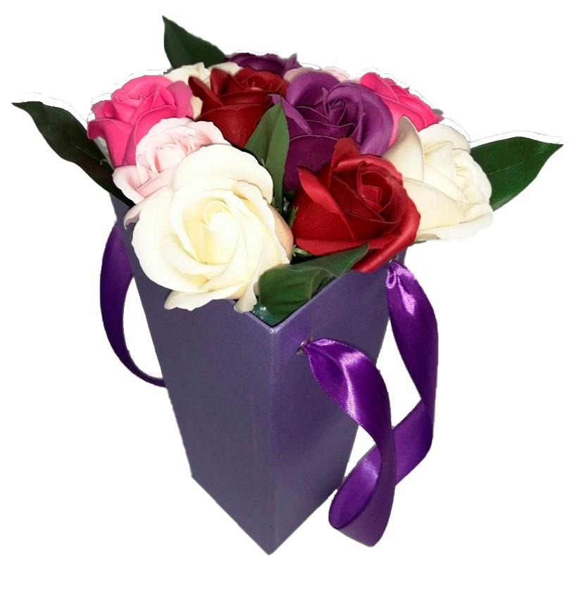 Букет роз из мыла в коробке