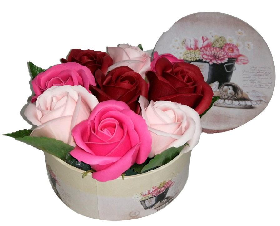 Букет роз из мыла в круглой коробке